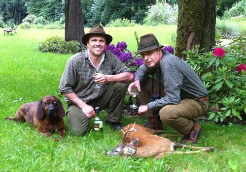 Jäger und Hunde